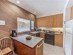Sunriver-Vacation-Rental-Meadow-House-70-Kitchen