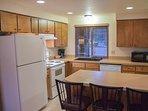 WEB-Sunriver Vacation Rental Tamarack 8 Kitchen