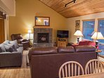 WEB-Sunriver Vacation Rental Tamarack 8 Overview from DR
