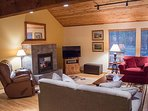 WEB-Sunriver Vacation Rental Tamarack 8 Living Room2