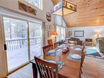 Sunriver Vacation Rental-6 Big Leaf-Dining Room 2