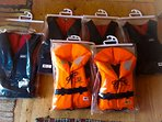 Life vests available for weights 10kg to 90kg+