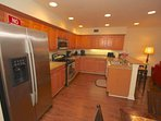 Pack a lunch up for the family or whip up an amazing dinner in this Lovely fully equipped Kitchen