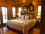 A Change In Altitude - 2nd floor bedroom (King bed + TV + Blu Ray/Roku)