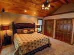 Stettin Haus King master bedroom
