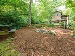 Plenty of Space to play and enjoy the outdoors at Stone`s Throw with Picnic Table, Fire ring