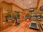 Phoenix Mountain Lodge Fitness Room with HDTV and Exercise Equipment