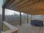 Majestic Mountain Haus Hot Tub on lower level rear deck