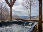 Fox Crossing Hot Tub with a View