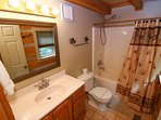 Grandfather View Cabin master bathroom