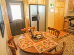 Bear Tracks Cabin Wonderful Dining Area in Kitchen