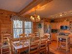 Il tavolo da pranzo della cabina della borsa del fagiolo fa sedere 8 ospiti