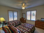 Cabin Above the Clouds Twin Bed Suite with full attached bath