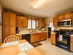 Ansley Heights Comfortable Kitchen with Breakfast Nook