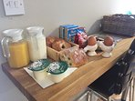 Delicious breakfast in the fridge on arrival including organic eggs, local butter and milk.
