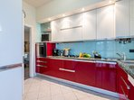 Full furnished kitchen, with cooker hob, oven and dishwasher.