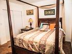 Big queen bedroom 1