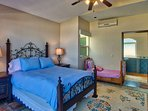 Family bedroom with a queen bed & toddler bed