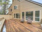 Sunriver-Vacation-Rental-21-White-Elm--Exterior-Back-Deck