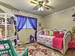 This room offers a twin bed with a twin trundle bed.