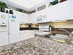 Granite Countertops with Plenty of Space