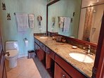 Garden View Upper Level Bedroom: Tropical Splendour Washroom