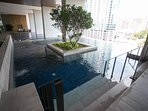 Infinity swimming pool and jacuzzi