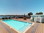The pool is well maintained , has great views with shower, plenty of seating, bathroom and changing rooms.