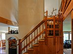Hereford Cabin 693 - Staircase landing