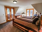 Hereford Cabin 693 - Master bedroom with balcony