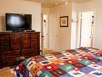 Cozy Mountain Home - Master Bedroom King Bed Flatscreen TV