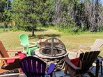 Cozy Mountain Home - Fire Pit Donnelly Idaho Backyard