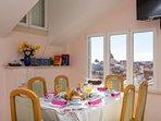A1(5+1): dining room