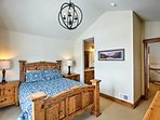 You're sure to sleep soundly on the queen bed in the fourth master bedroom.