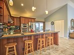 Guests can watch you cook from the 4-person breakfast bar!