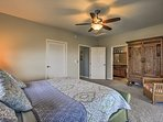 Sleep with ease in the grand king-sized bed!