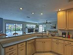 Stainless steel appliances and ample counter space make cooking a breeze!