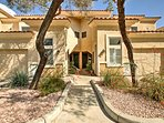 This Scottsdale condo is the perfect home-away-from-home.