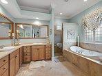 Desti-N-ation Villa - Master King Suites Private Bath