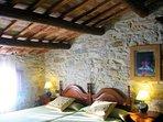 Confort y relax asegurado, entre paredes de piedra