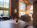 Lucky's Mountain Chalet-Breakfast bar and dining / living area