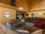 Lucky's Mountain Chalet-Main floor living area