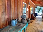 Henry Creek Cabin-Front Porch