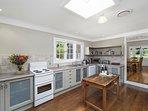 Hunter Valley Accommodation - The Glen - Kitchen
