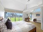 Hunter Valley Accommodation - Ironbark Hill Retreat - Bedroom