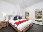Hunter Valley Accommodation - Ironbark Villa 1 - Bedroom