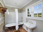 Hunter Valley Accommodation - The Glen - Bathroom