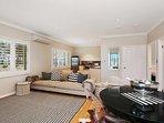 Hunter Valley Accommodation - Degen Estate - Living Room