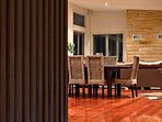 Hunter Valley Accommodation - Blue Cliff Retreat - Dining