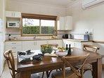 Hunter Valley Accommodation - Windsors Edge Cottage Pokolbin - all